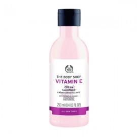 پاک کننده صورت بادی شاپ Vitamin E