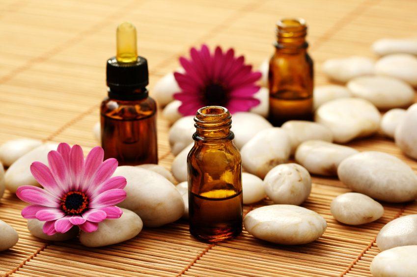 عطر درمانی یا آروماتراپی Aromatherapy چیست