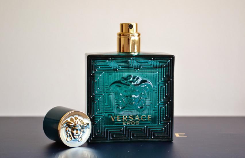 ویژگی ظاهری عطر مردانه اروس ورساچه