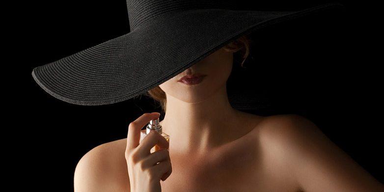 دلیل تفاوت بوی عطر در بدن ها