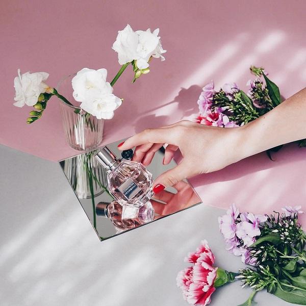 عطر فلاور بمب زنانه FlowerBomb