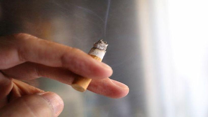 عرق کردن و سیگار